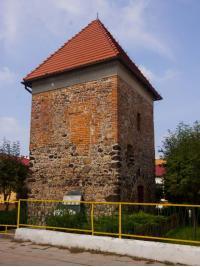 ???: Kamienno-ceglana wieża w Górzynie